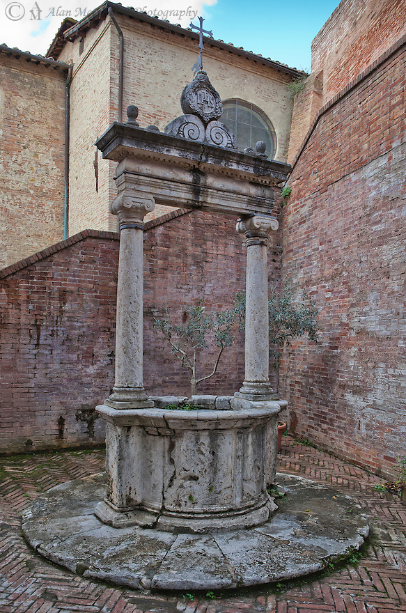 """""""Siena Cistern""""<br /> Siena, Italy<br /> 2015<br /> <br /> An old cistern sits in a corner in the town of Siena."""