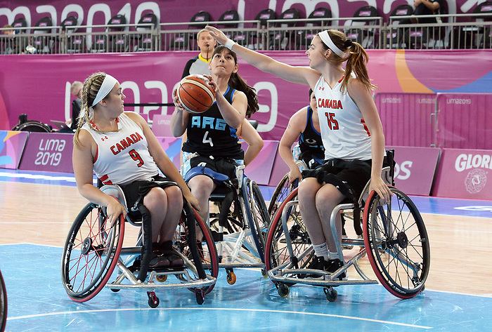 Maude Jacques and Danielle Duplessis, Lima 2019 - Wheelchair Basketball // Basketball en fauteuil roulant.<br /> Women's wheelchair basketball competes against Argentina // Le basketball en fauteuil roulant féminin contre Argentine. 25/08/2019.