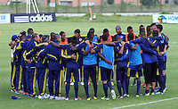 BOGOTA-COLOMBIA-02-01-2013. Jugadores de la Selección Colombia Sub 20, durante entrenamiento en las canchas de la Federación Colombiana de Futbol, enero 02 de 2013. El equipo colombiano se prepara en Bogotá para el suramericano que se realizara en Argentina. Players of the Colombia Team U-20, during a training in the courts of the Colombian Football Federation, January 2, 2013. The Colombian team prepared in Bogota for the South American to be held in Argentina.(Photo:..(Photo:VizzorImage/Felipe Caicedo).