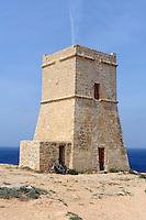Wachturm an Ghajin Tuffieha Bay, Malta, Europa