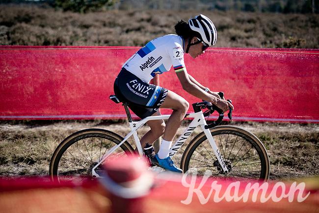 European Champion Ceylin Del Carmen Alvarado (NED/Alpecin - Fenix) <br /> <br /> Elite Women's Race<br /> 2021 UCI cyclo-cross World Cup - Zonhoven (BEL)<br /> <br /> ©kramon