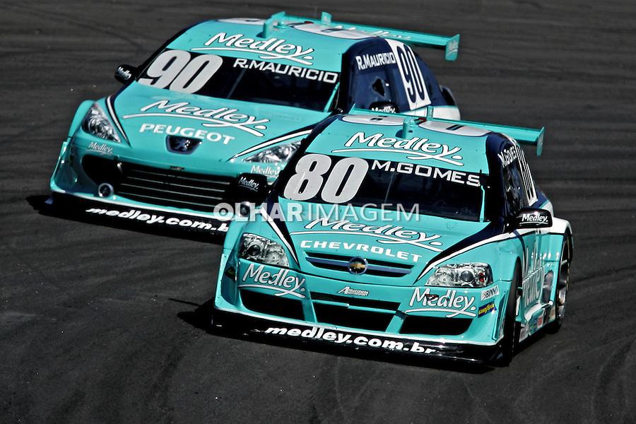 Corrida de Stock Car no autódromo de Interlagos. São Paulo. 2008. Foto de Caetano Barreira.