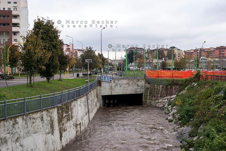 Milano, periferia nord. Il fiume Seveso inizia qui a scorrere coperto sotto la città --- Milan, north periphery. The river Seveso starts here to flow covered beneath the town