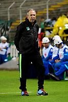 PALMIRA-COLOMBIA-27-04-2018: Gerardo Pelusso, técnico de Deportivo Cali, durante partido entre Deportivo Cali y Atlético Bucaramanga, de la fecha 18 por la liga Aguila I 2018, jugado en el estadio Deportivo Cali (Palmaseca) en la ciudad de Palmira. / Gerardo Pelusso, coach of Deportivo Cali, during a match between Deportivo Cali and Atletico Bucaramanga, of the 18th date for the Liga Aguila I 2018, at the Deportivo Cali (Palmaseca) stadium in Palmira city. Photo: VizzorImage  / Nelson Rios / Cont.