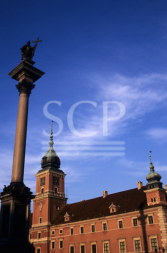 Warsaw, Poland. The Royal Castle in the Old Town and the King Sigmund memorial.