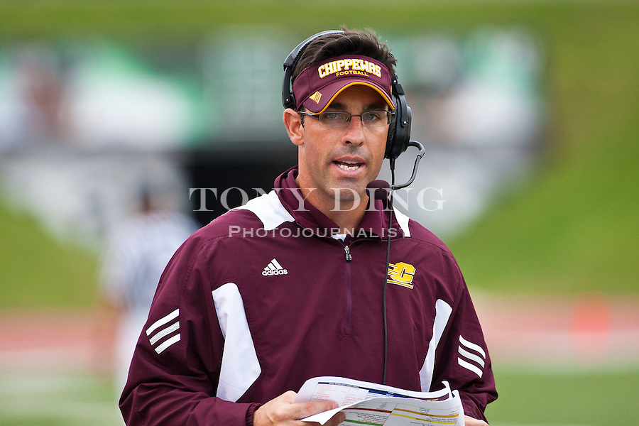 Central Michigan head coach Dan Enos in the third quarter of an NCAA college football game with Central Michigan, Saturday, Sept. 18, 2010, in Ypsilanti, Mich. Central Michigan won 52-14. (AP Photo/Tony Ding)