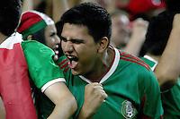 HOUSTON - UNITED STATES, 13-06-2016: Hinchas de Mexico (MEX) animan a su equipo durante el encuentro de grupo 3 con Venezuela (VEN) de la fecha 3 por la Copa América Centenario USA 2016 jugado en el estadio NRG en Houston, Texas, USA. /  Fans of Mexico (MEX) cheer for their team during the match of the group C against Venezuela (VEN) of the date 3 for the Copa América Centenario USA 2016 played at NRG stadium in Houston, Texas ,USA. Photo: VizzorImage/ Luis Alvarez /Str