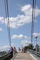 Il ponte Aleksanterinkadun dell'architetto Mikko Kairan.<br /> The bridge Aleksanterinkadun by architect Mikko Kairan.<br /> Porvoo Borgå è un'antica città medievale dichiarata dall'UNESCO patrimonio dell'umanità.<br /> Porvoo Borgå is an old medieval town, UNESCO World Heritage Site.