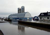 FILE -  Innondation a chateauguay<br />  dans les annees 90 (date inconnue)<br /> <br /> <br /> PHOTO  :  Agence Quebec Presse
