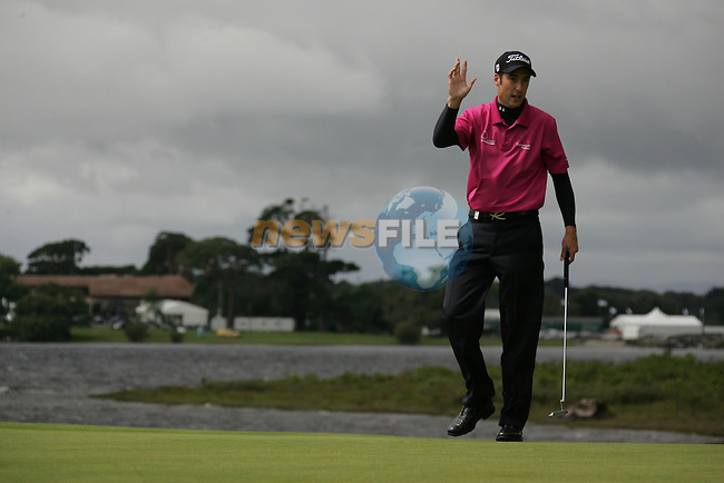 Ross fisher putting on the forth on day three of the 3 Irish Open, at the Killarney Golf and Fishing Club, Killarney, Ireland.Picture Fran Caffrey/www.golffile.ie.