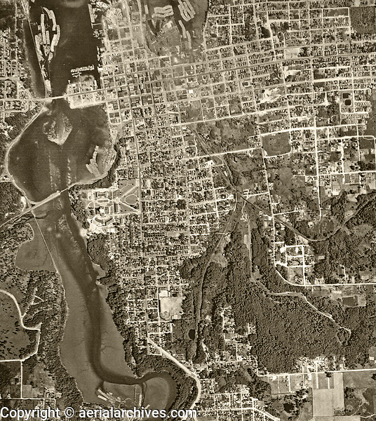 historical aerial photograph of Olympia, Washington, 1941