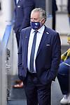 Chef-Trainer Doug Shedden (ERC Ingolstadt) beobachtet das WarmUp seiner Mannschaft beim Spiel im Halbfinale der DEL, ERC Ingolstadt (dunkel) - Eisbaeren Berlin (hell).<br /> <br /> Foto © PIX-Sportfotos *** Foto ist honorarpflichtig! *** Auf Anfrage in hoeherer Qualitaet/Aufloesung. Belegexemplar erbeten. Veroeffentlichung ausschliesslich fuer journalistisch-publizistische Zwecke. For editorial use only.