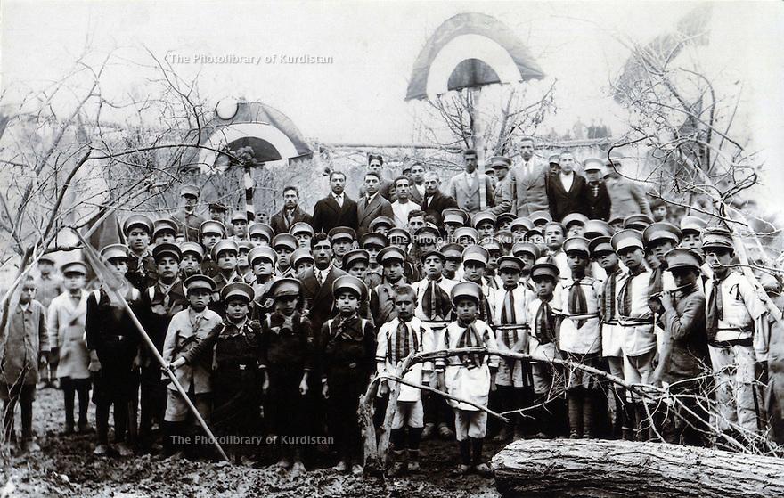 Iran 1940?.School in Mahabad.<br /> Iran 1940?.Ecole a Mahabad