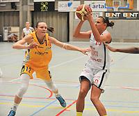 DBC Waregem - Castors Braine  : Maja Vucurovic(10) aan de bal voor Anete Steinberga (12)<br /> foto VDB / Bart Vandenbroucke