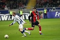 Evangelos Mantzios (Eintracht) schaut Oliver Kirch (Bielefeld) nach<br /> Eintracht Frankfurt vs. Arminia Bielefeld, Commerzbank Arena<br /> *** Local Caption *** Foto ist honorarpflichtig! zzgl. gesetzl. MwSt. Auf Anfrage in hoeherer Qualitaet/Aufloesung. Belegexemplar an: Marc Schueler, Am Ziegelfalltor 4, 64625 Bensheim, Tel. +49 (0) 6251 86 96 134, www.gameday-mediaservices.de. Email: marc.schueler@gameday-mediaservices.de, Bankverbindung: Volksbank Bergstrasse, Kto.: 151297, BLZ: 50960101