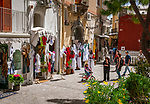 Italien, Kampanien, Sorrentinische Halbinsel, Amalfikueste, Positano: Einkaufsstrasse mit Boutiquen | Italy, Campania, Sorrento Peninsula, Amalfi Coast, Positano: shopping lane with fashion boutiques