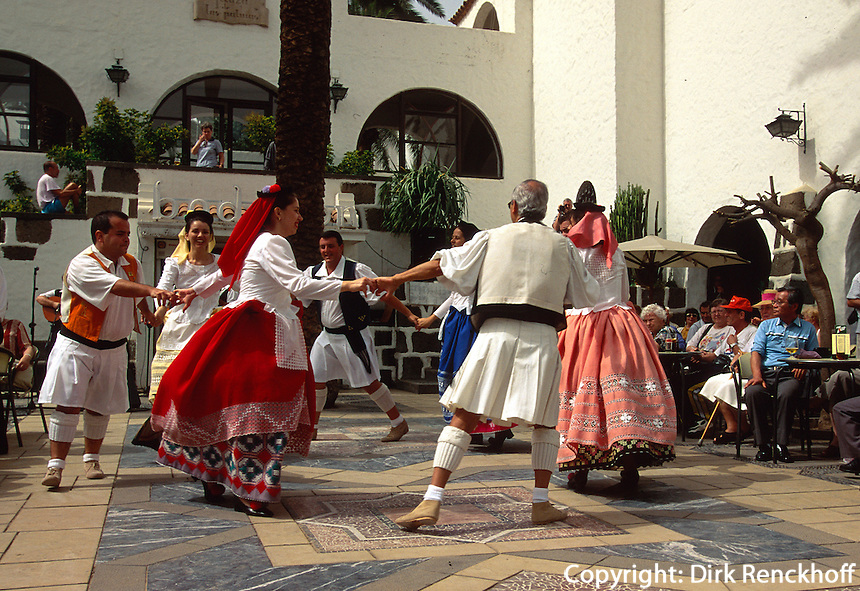 Spanien, Kanarische Inseln, Gran Canaria, Las Palmas, Folklore im Pueblo Canario