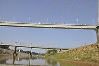 Ponte Sebastião Dantas, passarela Joaquim Macedo e ponte Juscelino Kubitscheck, sobre o Rio Acre, no centro de Rio Branco