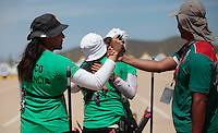 Mariana Avitia, Alejandra Valencia,Aida Roman   festejan el triunfo ,durante su prticipacion con el equipo Mexicano femenil de Tiro con Arco que se llevo la medalla de Oro en la prueba de 70 metros   de el  torneo  Arizona Cup 2013 en  BEN Avery. 6 abril 2013 en Phoenix Arizona......during his prticipacion with Mexican women's team archery that took the gold medal in the 70 meter test the Arizona Cup tournament 2013 in Ben Avery. April 6, 2013 in Phoenix Arizona