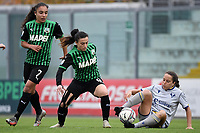 Valeria Pirone of Sassuolo and Sarah Madison Solow of Hellas Verona compete for the ball during the women Serie A football match between US Sassuolo and Hellas Verona at Enzo Ricci stadium in Sassuolo (Italy), November 15th, 2020. Photo Andrea Staccioli / Insidefoto