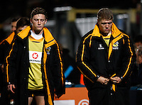 Photo: Richard Lane/Richard Lane Photography. LV= Cup. London Wasps v saracens. 08/11/2013. Wasps' Tom Howe and Alex Lungberg prepare for their home debut.