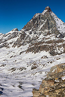 Italie, Val d'Aoste, Breuil-Cervinia : Plateau Rosa, photos du domaine skiable de Breuil-Cervinia et le Cervin  // Italy, Aosta Valley, Breuil-Cervinia: Plateau Rosa, photos of the ski area of Breuil-Cervinia and the Matterhorn