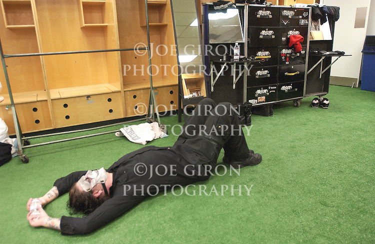Guitarist Jim stretches before the show.