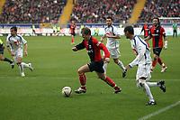 Christoph Spycher (Eintracht) greift an<br /> Eintracht Frankfurt vs. VfL Bochum, Commerzbank Arena<br /> *** Local Caption *** Foto ist honorarpflichtig! zzgl. gesetzl. MwSt. Auf Anfrage in hoeherer Qualitaet/Aufloesung. Belegexemplar an: Marc Schueler, Am Ziegelfalltor 4, 64625 Bensheim, Tel. +49 (0) 6251 86 96 134, www.gameday-mediaservices.de. Email: marc.schueler@gameday-mediaservices.de, Bankverbindung: Volksbank Bergstrasse, Kto.: 151297, BLZ: 50960101