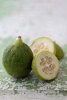Gastronomie générale / Diététique : Concombre Battaglione bio // General gastronomy / Diet: Organic Battaglione cucumber