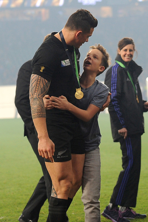 Sonny Bill Williams of New Zealand with All Blacks' fan Charlie Lines, to whom he gave his RWC winners' medal during the Rugby World Cup Final between New Zealand and Australia - 31/10/2015 - Twickenham Stadium, London<br /> Mandatory Credit: Rob Munro/Stewart Communications