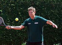 11-5-09, Tennis, Sportpromotion tennisdag, Topgolfer Maarten Lafeeber