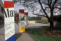 AJ3332, cigarettes, Phillip Morris, tobacco company, Virginia, Phillip Morris & Co. Factory in Richmond in the state of Virginia.