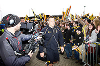 Photo: Richard Lane/Richard Lane Photography. Wasps v Exeter Chiefs.  European Rugby Champions Cup Quarter Final. 09/04/2016. Wasps' Jimmy Gopperth arrives at the Ricoh Arena.