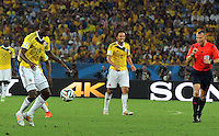 RIO DE JANEIRO - BRASIL -28-06-2014. Adrian Ramos (#19) jugador de Colombia (COL) en acción durante partido de los octavos de final con Uruguay (URU) por la Copa Mundial de la FIFA Brasil 2014 jugado en el estadio Maracaná de Río de Janeiro./ Adrian Ramos (#19) player of Colombia (COL) in action during the match of the Round of 16 against Uruguay (URU) for the 2014 FIFA World Cup Brazil played at Maracana stadium in Rio do Janeiro. Photo: VizzorImage / Alfredo Gutiérrez / Contribuidor