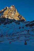 Italie, Val d'Aoste, Breuil-Cervinia : Le domaine  skiable et le  Cervin // Italy, Aosta Valley, Breuil-Cervinia: The ski area and Matterhorn
