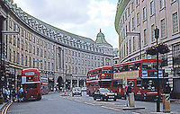 London: Regent St., The Great Quadrant today.  Photo '90.
