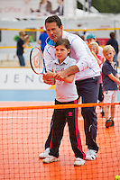 Netherlands, Den Bosch, 18.06.2014. Tennis, Topshelf Open, Kidsday, Jacco Eltingh (NED)<br /> Photo:Tennisimages/Henk Koster