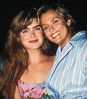 Brooke Shields Lauren Hutton 1988  Photo by Adam Scull-PHOTOlink.net