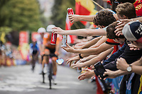 fans offering beers to the riders<br /> <br /> Men Elite – Road Race (WC)<br /> Race from Antwerp to Leuven (268.3km)<br /> <br /> ©kramon