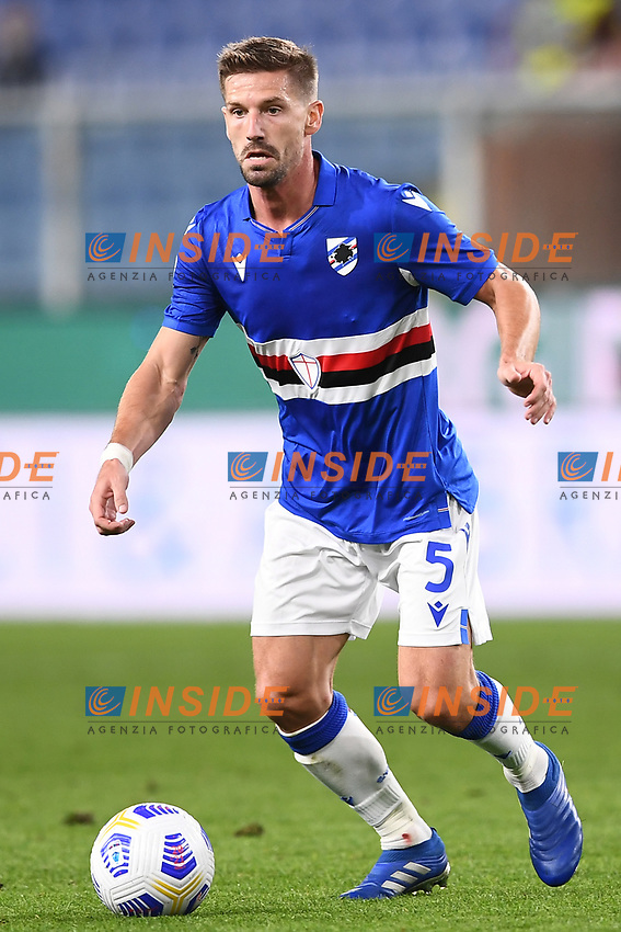 Adrien Silva of UC Sampdoria in action during the Serie A football match between UC Sampdoria and SS Lazio at stadio Marassi in Genova (Italy), October 17th, 2020. <br /> Photo Image Sport / Insidefoto