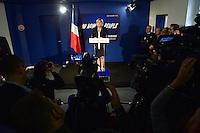 20170104 News Marine Le Pen saluto alla stampa