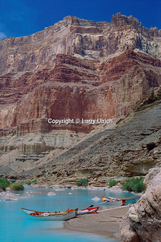 Dories on the Little Colorado River<br /> Grand Canyon<br /> Grand Canyon National Park<br /> Colorado Plateau,  Arizona
