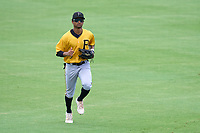 FCL Pirates Gold outfielder Jasiah Dixon (6) jogs to the dugout during a game against the FCL Orioles Orange on August 9, 2021 at Ed Smith Stadium in Sarasota, Florida.  (Mike Janes/Four Seam Images)