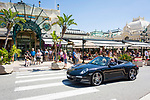 Fuerstentum Monaco, an der Côte d'Azur, Stadtteil Monte Carlo: Brasserie le Café de Paris gegenueber vom Casino Monte-Carlo | Principality of Monaco, on the French Riviera (Côte d'Azur), district Monte Carlo: Brasserie le Café de Paris opposite to the Casino Monte-Carlo
