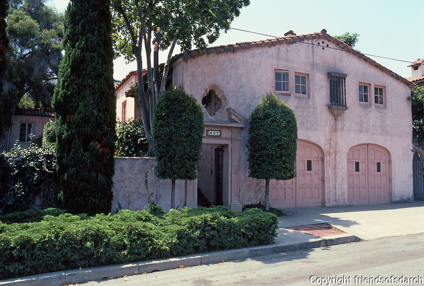 San Diego: Low House, 407 W. Spruce St., circa 1929.  Wm. Templeton Johnson. Classical Med. Style.