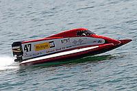 Jim Robb, Sr., (#47)<br /> <br /> Trenton Roar On The River<br /> Trenton, Michigan USA<br /> 17-19 July, 2015<br /> <br /> ©2015, Sam Chambers