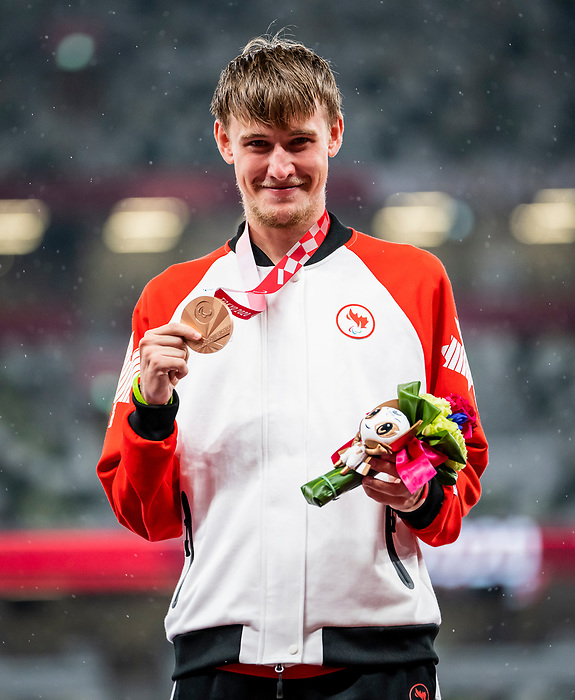 Zachary Gingras, Tokyo 2020 - Para Athletics // Para-Athlétisme.<br /> Zachary Gingras takes home the bronze medal in the men's 400m T38 // Zachary Gingras remporte la médaille de bronze au 400 m T38 masculin. 31/08/2021.