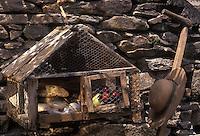 Europe/France/Midi-Pyrénées/12/Aveyron/Rodez : Un garde-manger très rustique