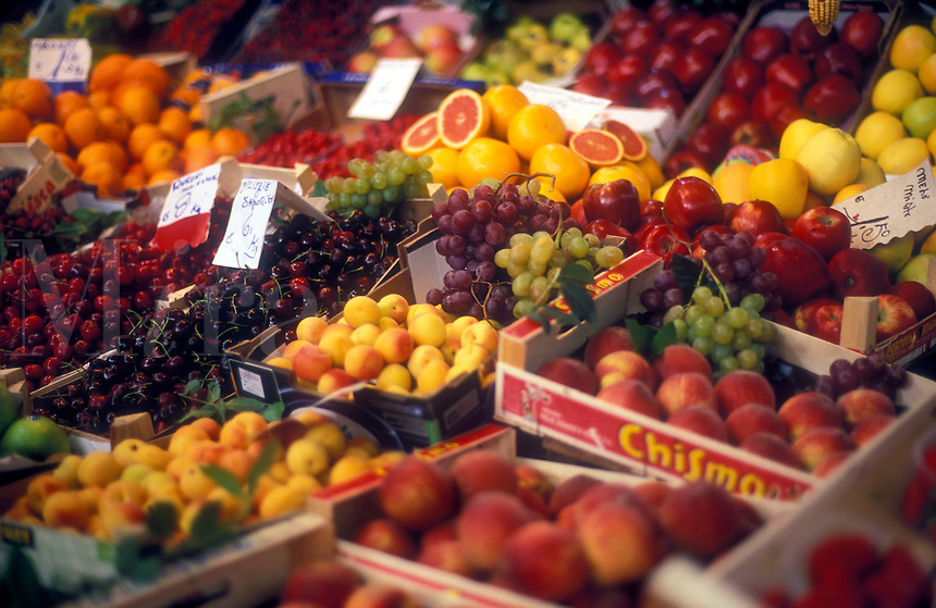 Italy, Florence, Mercato Centrale, fresh friuts on display