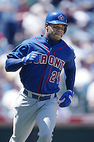 Shannon Stewart of the Toronto Blue Jays runs the bases during a 2002 MLB season game against the Los Angeles Angels at Angel Stadium, in Anaheim, California. (Larry Goren/Four Seam Images)